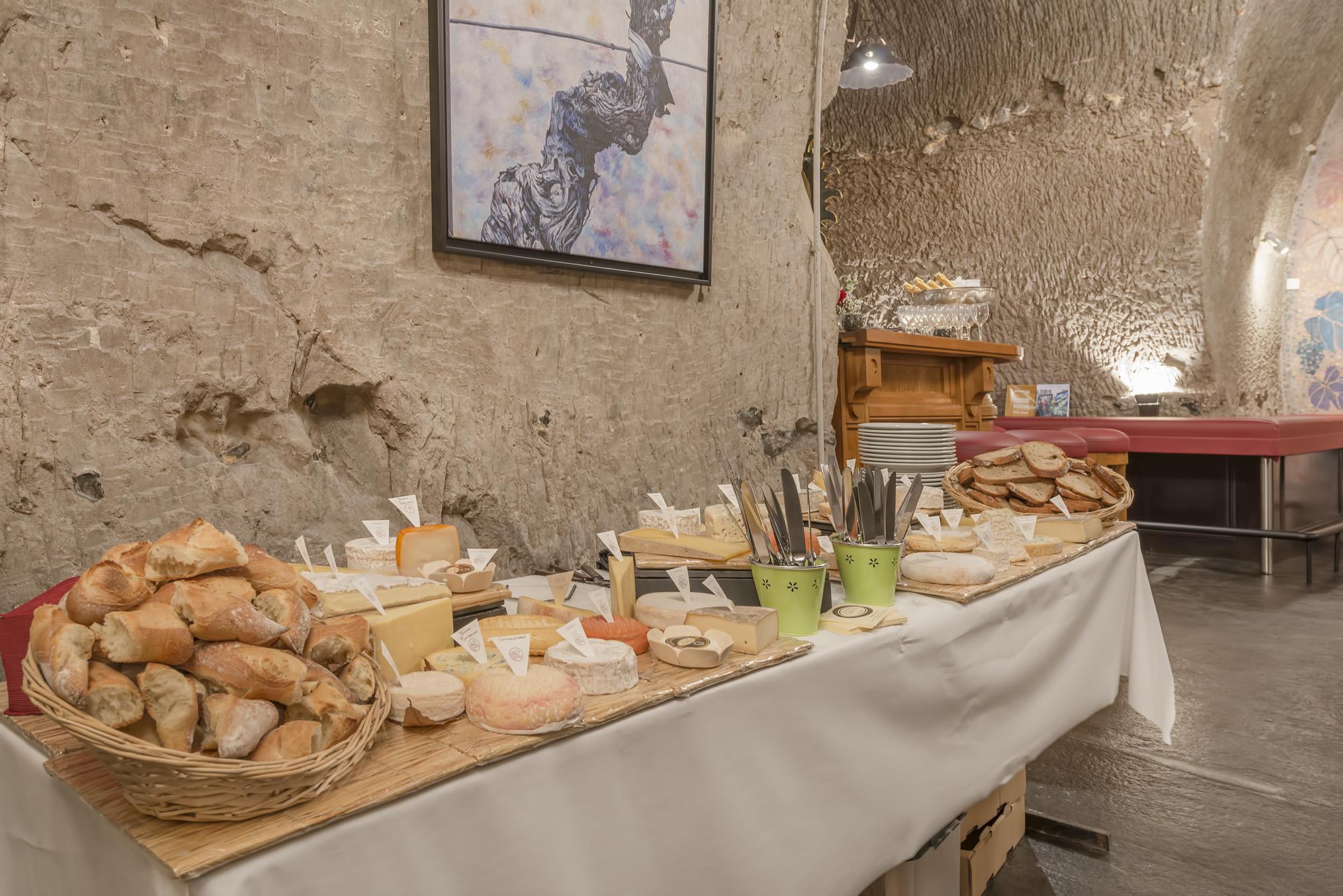Buffet fromage de la Maison Cantin